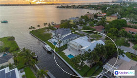 1516 Sandpiper Lane, Sarasota, FL 34239