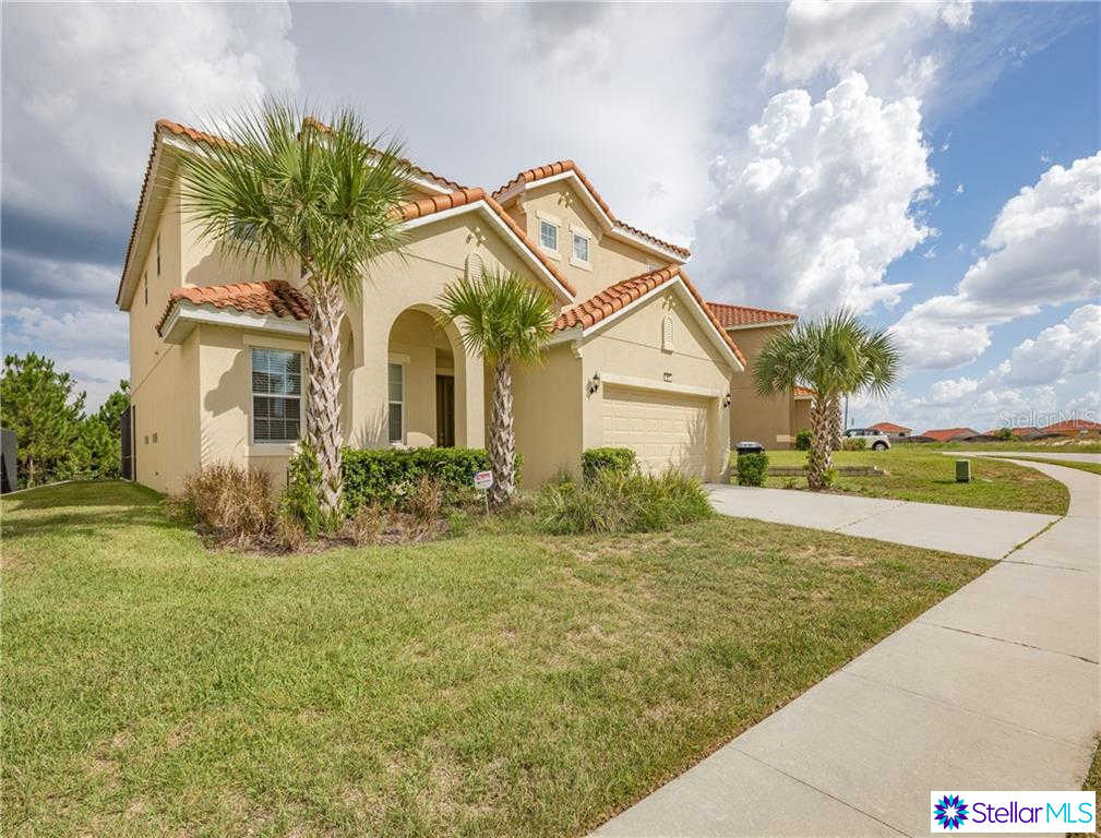 371 Cabello Drive, Davenport, FL 33837 is now new to the market!