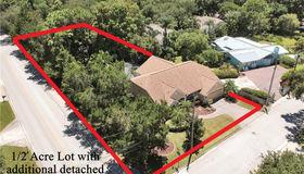 13702 76th Terrace, Seminole, FL 33776