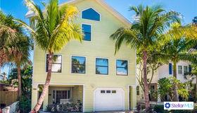 106 4th Avenue, St Pete Beach, FL 33706