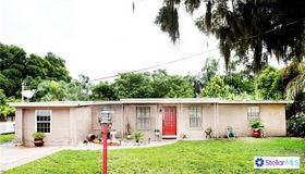 305 Gornto Lake Road, Brandon, FL 33510