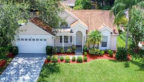 970 Valley View Circle, Palm Harbor, FL 34684