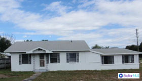 202 W Central Avenue, Howey IN The Hills, FL 34737