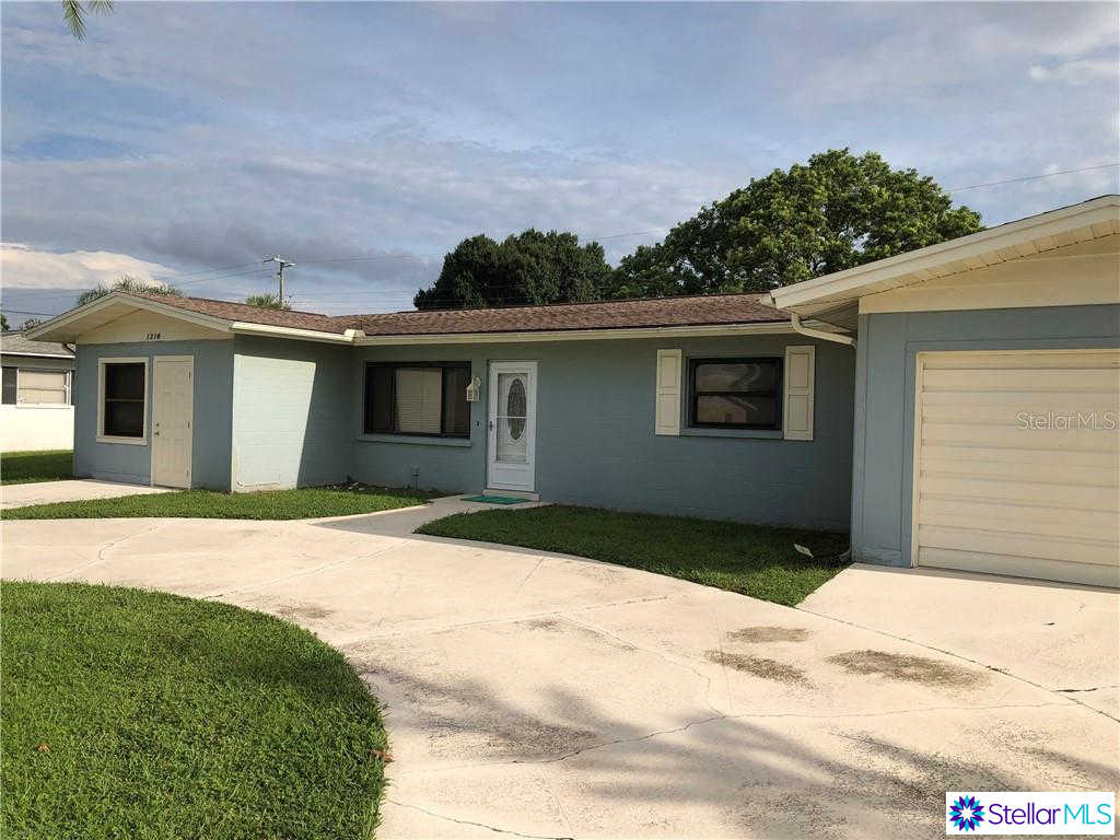 1316 Cypress Avenue, Venice, FL 34285 is now new to the market!
