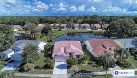 9590 Knightsbridge Circle, Sarasota, FL 34238
