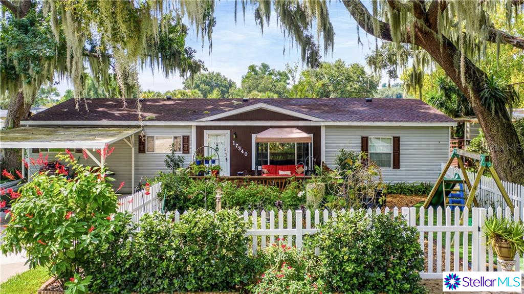17340 Palm Drive, Montverde, FL 34756 is now new to the market!