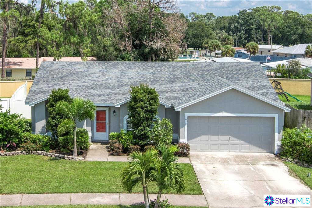 1025 Normandy Heights Circle, Winter Haven, FL 33880 is now new to the market!