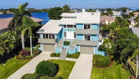 611 N Point Drive, Holmes Beach, FL 34217