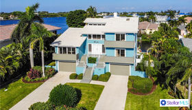 611 N Point Drive, Holmes Beach, FL 34217