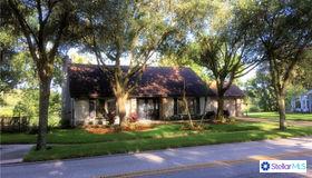 12694 N Boulevard, Tampa, FL 33612