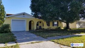 7813 Powder Horn Circle, Largo, FL 33773