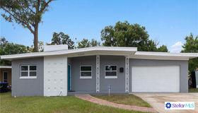5900 Judy Dee Drive, Orlando, FL 32808