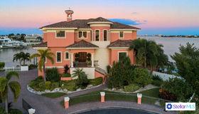 5401 Aloha Drive, St Pete Beach, FL 33706