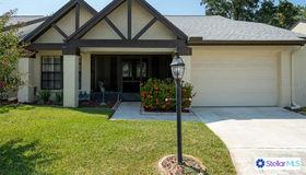 716 Lakewood Drive, Palm Harbor, FL 34684