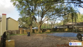 1810 Craven Drive, Seffner, FL 33584