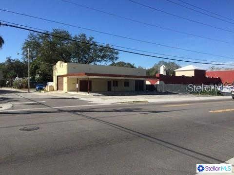 1030 9TH Street W, Bradenton, FL 34205 is now new to the market!