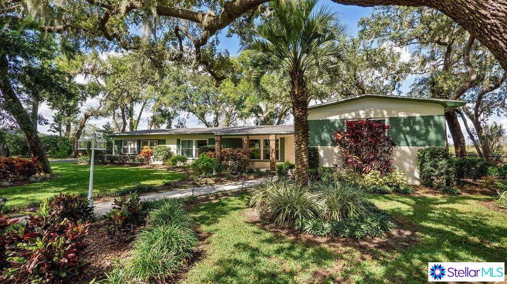 402 Mission Lane, Howey IN The Hills, FL 34737 now has a new price of $318,000!