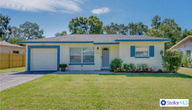 8990 78th Avenue, Seminole, FL 33777
