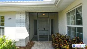 5115 Canterbury Dr, Sarasota, FL 34243