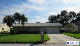 6222 43rd Avenue N, Kenneth City, FL 33709