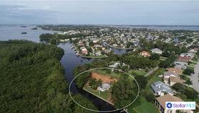 5404 Coral Lake Drive, Bradenton, FL 34210