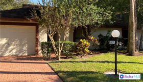 4671 Oak Forest Drive E #6, Sarasota, FL 34231