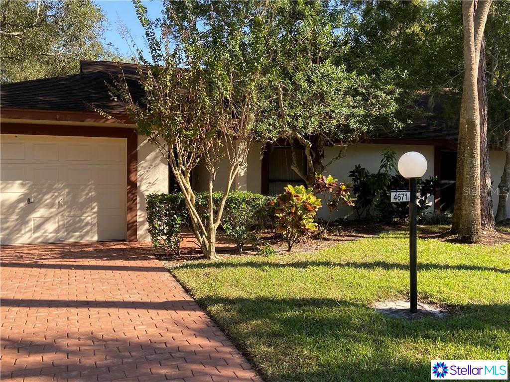 4671 Oak Forest Drive E #6, Sarasota, FL 34231 is now new to the market!