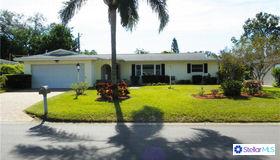 13724 Bermuda Drive, Seminole, FL 33776
