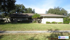 3066 Wister Circle, Valrico, FL 33596