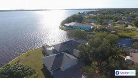 12419 Cole Avenue, Port Charlotte, FL 33981
