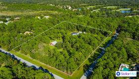 8801 Gator Creek Drive, Sarasota, FL 34241