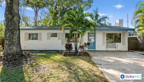 6782 78th Avenue N, Pinellas Park, FL 33781