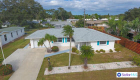 3141 Regatta Circle, Sarasota, FL 34231