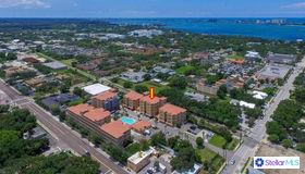 612 Wells Court #302, Clearwater, FL 33756