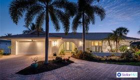 4532 Woodside Road, Sarasota, FL 34242