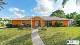 4111 Center Gate Boulevard, Sarasota, FL 34233