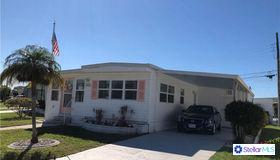 272 Inner Drive W, Venice, FL 34285