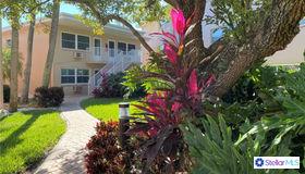 111 60th Avenue #4a, St Pete Beach, FL 33706