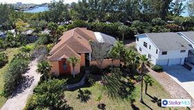 1122 Horizon View Drive, Sarasota, FL 34242