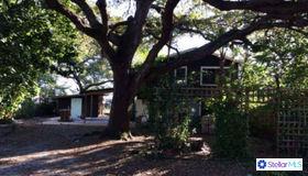 1824 Gillespie Avenue, Sarasota, FL 34234