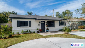 3734 Arkansas Avenue NE, St Petersburg, FL 33703