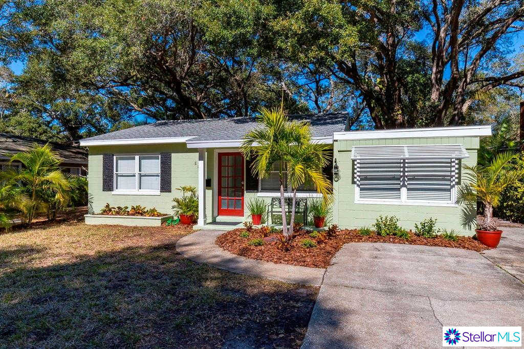 8113 25TH Avenue N, St Petersburg, FL 33710 is now new to the market!
