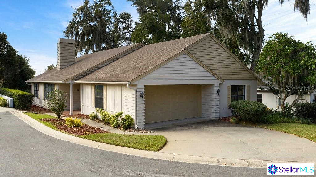 660 S Sandlake Court, Mount Dora, FL 32757 now has a new price of $289,900!