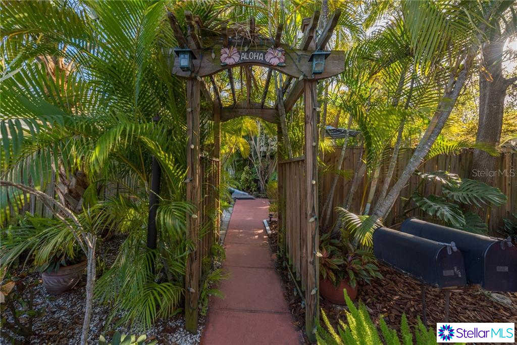 1010 24TH Avenue N #a, St Petersburg, FL 33704 now has a new price of $1,875!