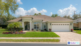 8223 Planters Knoll Terrace, University Park, FL 34201