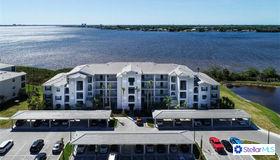 1030 Tidewater Shores Loop #101, Bradenton, FL 34208