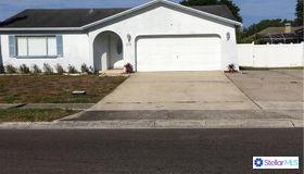 10998 Oakhaven Drive N, Pinellas Park, FL 33782
