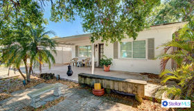 824 67th Street S, St Petersburg, FL 33707