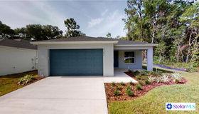 25092 Quaker Ridge Avenue, Sorrento, FL 32776