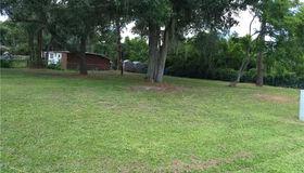 105 Orange Grove Avenue S, Nokomis, FL 34275
